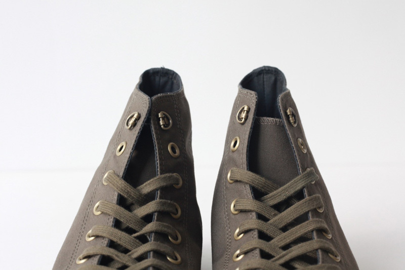 http://www.houyhnhnm.jp/fashion/news/images/neigelcabournphshoehatome.jpg