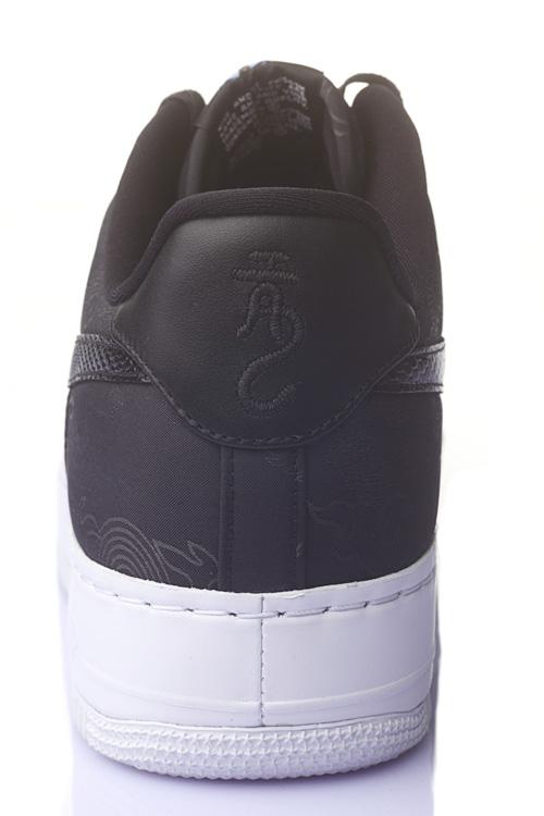 http://www.houyhnhnm.jp/fashion/news/images/nike_eto_DPP_0017_6311.jpg