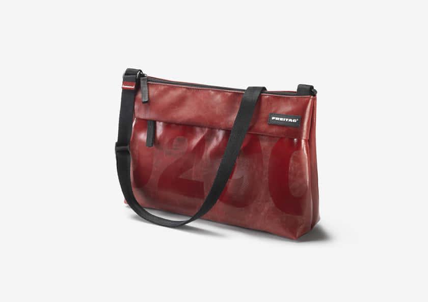 F553_Lou_Design-red_ONanzig_RGB_HighRes